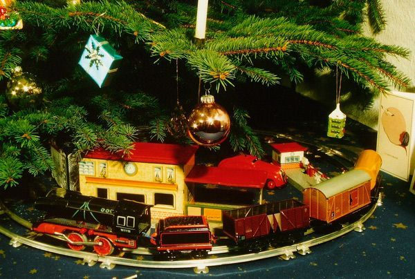 Como hacer un tren para el arbol de navidad