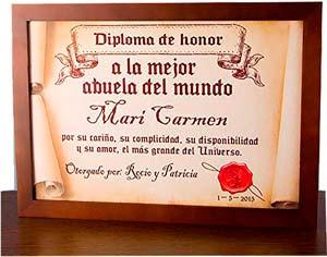 """Diploma personalizado """"a la mejor abuela del mundo"""""""